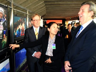 The Hon. Mr Barry O' Farrell MP, Premier of New South Wales (Australia's Leading State), with Mr. Garry Crockett, Global Executive Chairman CHINA READY®, and Ms. Yang Hui from Xinhua Beijing, China's official news agency