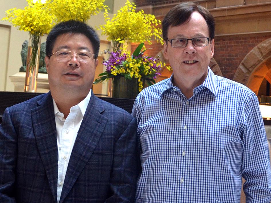 L to R: Mr Jiang Zhaobai, Chairman Pengxin Group with Mr Garry Crockett, Global Executive Chairman CHINA READY